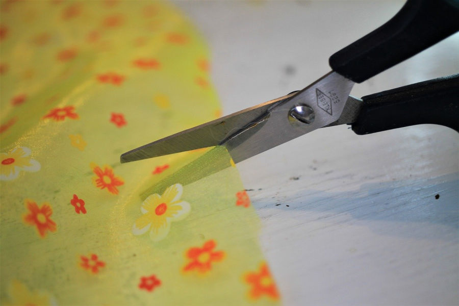 use fabric to create DIY home decor