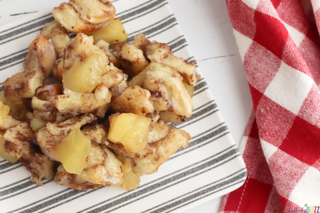 easy to make Cinnamon Apple Monkey bread on plate ready to eat