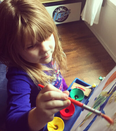 The Montessori method of education is a popular approach to early childhood education. Here's why so many parents and teachers recommend it