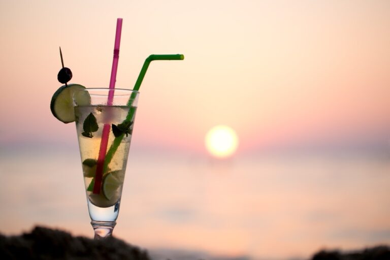 Summer Mocktail Recipes That Won't Make You Miss the Booze