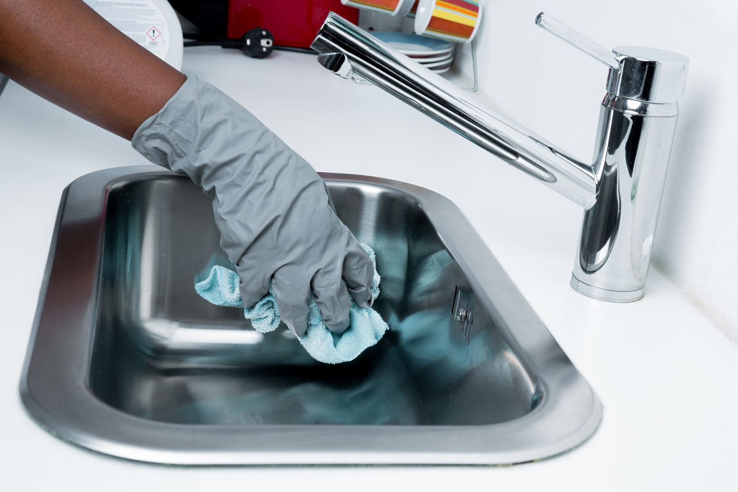 benefits of hiring professionla cleaning services