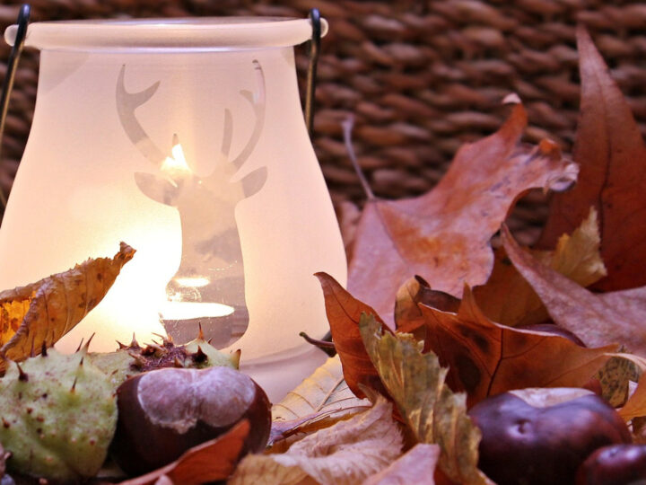 creating your own Fall decor like this candle display is a great way to add some autumn home décor to your home